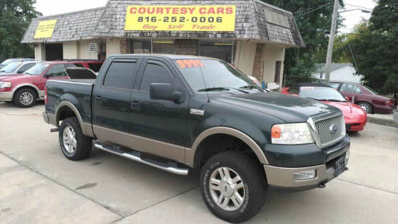 2004 Ford F-150 for sale at Courtesy Cars in Independence MO