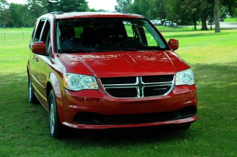 2013 Dodge Grand Caravan for sale at Auto House Superstore in Terre Haute IN