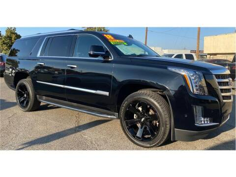 2018 Cadillac Escalade ESV for sale at ATWATER AUTO WORLD in Atwater CA