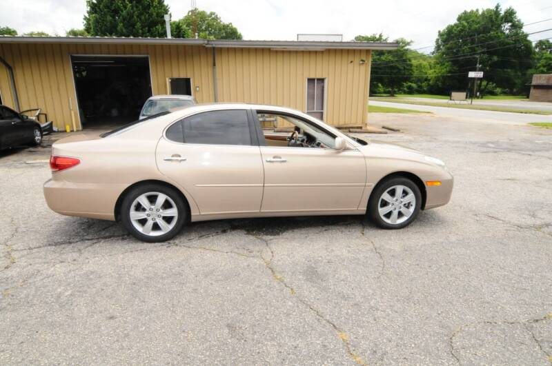 2006 Lexus ES 330 for sale at RICHARDSON MOTORS USED CARS - Buy Here Pay Here in Anderson SC