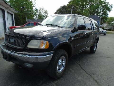 2001 Ford F-150 for sale at NORTHLAND AUTO SALES in Dale WI