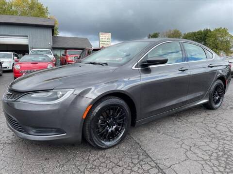 2015 Chrysler 200 for sale at HUFF AUTO GROUP in Jackson MI