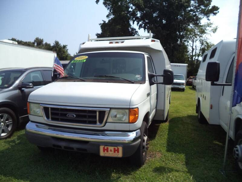 2007 Ford E-Series Chassis for sale at H and H Truck Center in Newport News VA