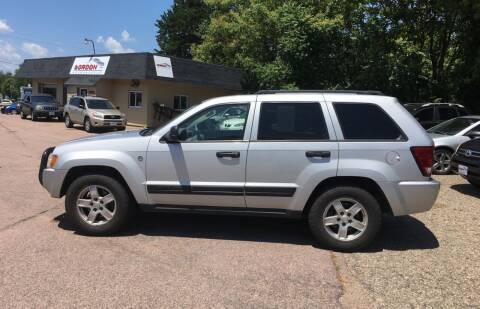 2006 Jeep Grand Cherokee for sale at Gordon Auto Sales LLC in Sioux City IA