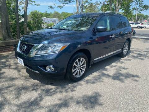 2013 Nissan Pathfinder for sale at ANDONI AUTO SALES in Worcester MA
