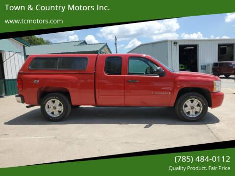 2009 Chevrolet Silverado 1500 for sale at Town & Country Motors Inc. in Meriden KS