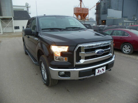 2016 Ford F-150 for sale at J & S Auto Sales in Thompson ND