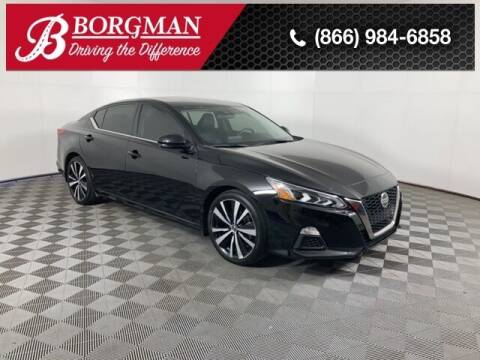 2019 Nissan Altima for sale at BORGMAN OF HOLLAND LLC in Holland MI