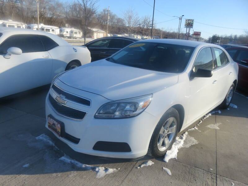 2013 Chevrolet Malibu for sale at Azteca Auto Sales LLC in Des Moines IA