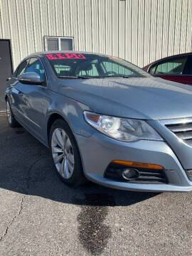 2007 Volkswagen CC for sale at BELOW BOOK AUTO SALES in Idaho Falls ID