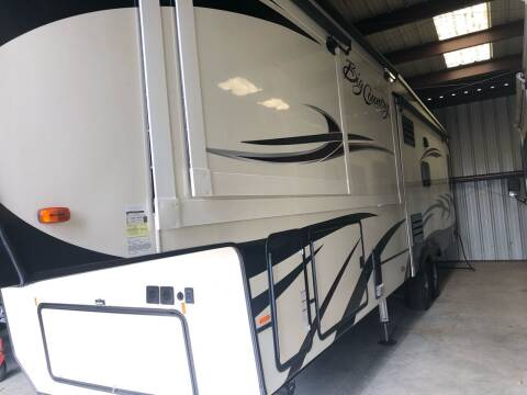 2019 Heartland Big Country for sale at Village Wholesale in Hot Springs Village AR