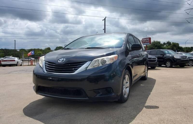 2015 Toyota Sienna for sale at International Auto Sales in Garland TX