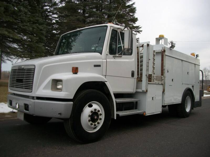 2002 Freightliner FL-70 for sale at Zimmerman Truck in Zimmerman MN