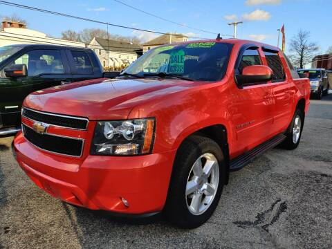 2009 Chevrolet Avalanche for sale at Porcelli Auto Sales in West Warwick RI