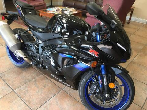 2017 Suzuki GSX-R1000 for sale at Highlands Luxury Cars, Inc. in Marietta GA