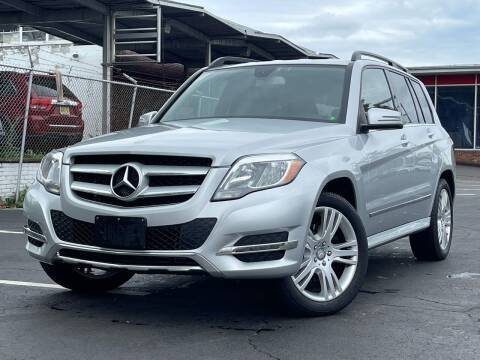 2013 Mercedes-Benz GLK for sale at MAGIC AUTO SALES in Little Ferry NJ