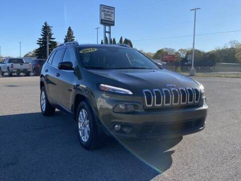 2015 Jeep Cherokee for sale at Betten Baker Preowned Center in Twin Lake MI