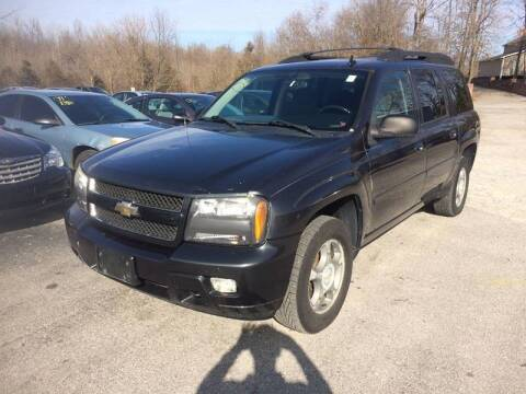 2006 Chevrolet TrailBlazer EXT for sale at Best Buy Auto Sales in Murphysboro IL