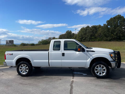 2015 Ford F-250 Super Duty for sale at V Automotive in Harrison AR