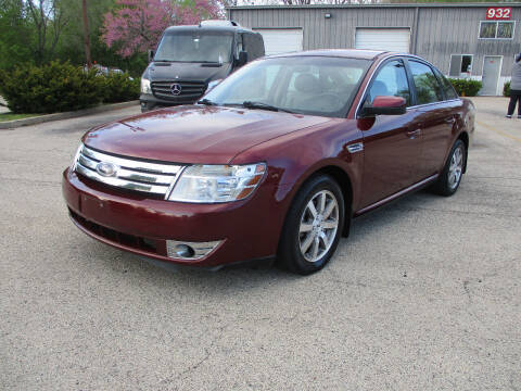 2008 Ford Taurus for sale at Triangle Auto Sales in Elgin IL