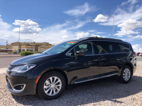 2017 Chrysler Pacifica for sale at 1st Quality Motors LLC in Gallup NM