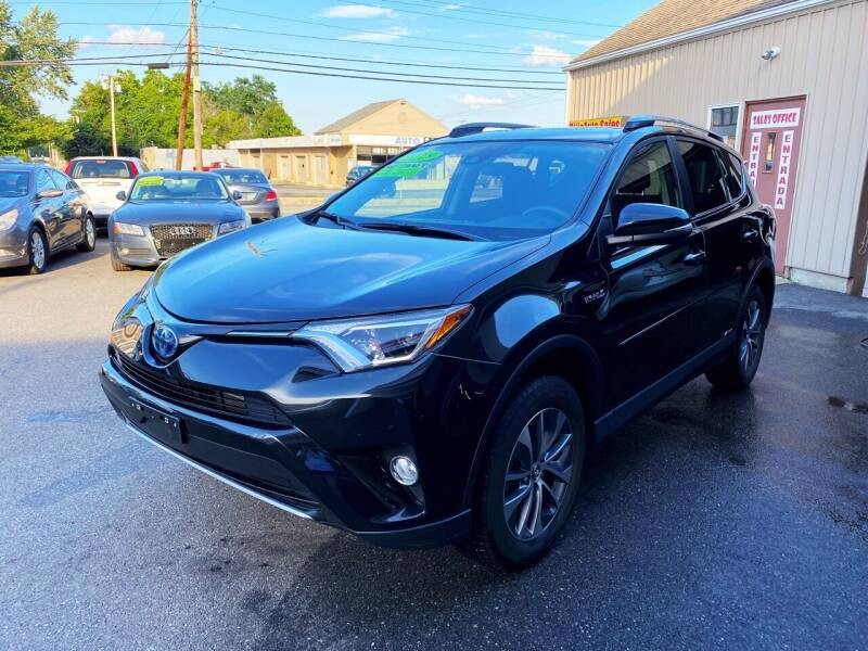 2018 Toyota RAV4 Hybrid for sale in Johnston, RI