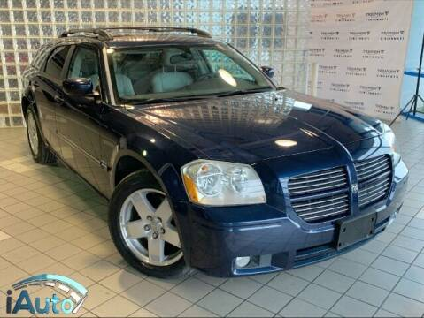 2005 Dodge Magnum for sale at iAuto in Cincinnati OH