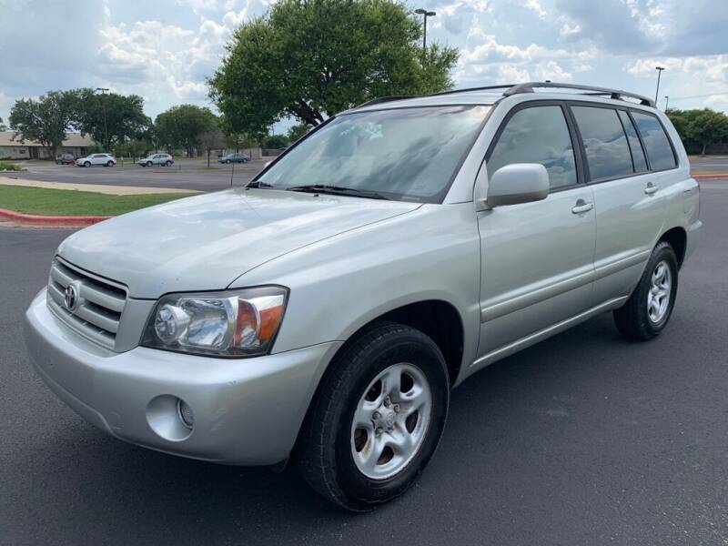 2005 Toyota Highlander for sale at Bells Auto Sales in Austin TX