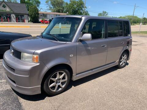 2006 Scion xB for sale at GLOBAL AUTOMOTIVE in Grayslake IL