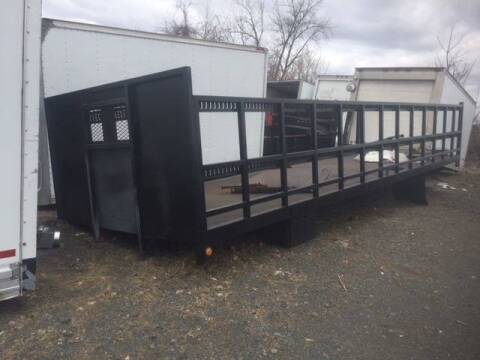 2013 26 Ft Flatbed for sale at Advanced Truck in Hartford CT