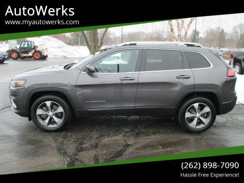 2019 Jeep Cherokee for sale at AutoWerks in Sturtevant WI