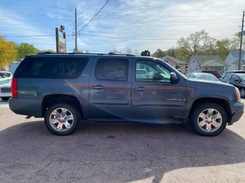 2008 GMC Yukon XL for sale at RIVERSIDE AUTO SALES in Sioux City IA