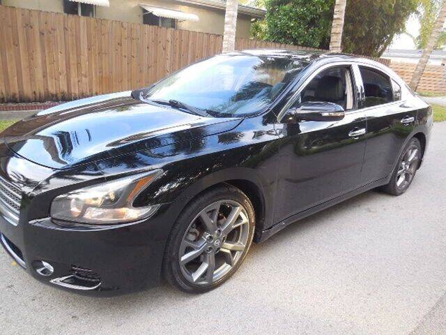 2014 Nissan Maxima for sale at FINANCIAL CLAIMS & SERVICING INC in Hollywood FL