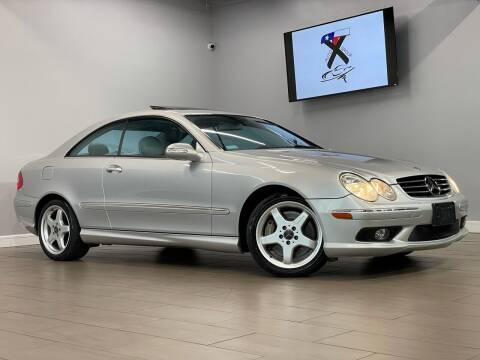 2004 Mercedes-Benz CLK for sale at TX Auto Group in Houston TX
