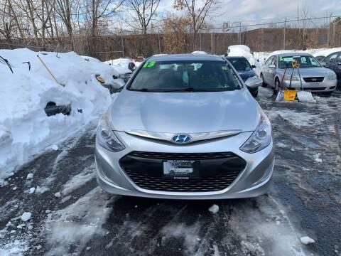 2013 Hyundai Sonata Hybrid for sale at 77 Auto Mall in Newark NJ