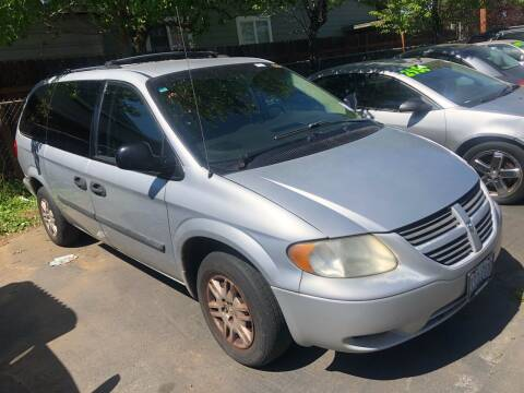 2006 Dodge Grand Caravan for sale at Blue Line Auto Group in Portland OR