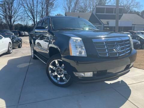 2008 Cadillac Escalade EXT for sale at Alpha Car Land LLC in Snellville GA