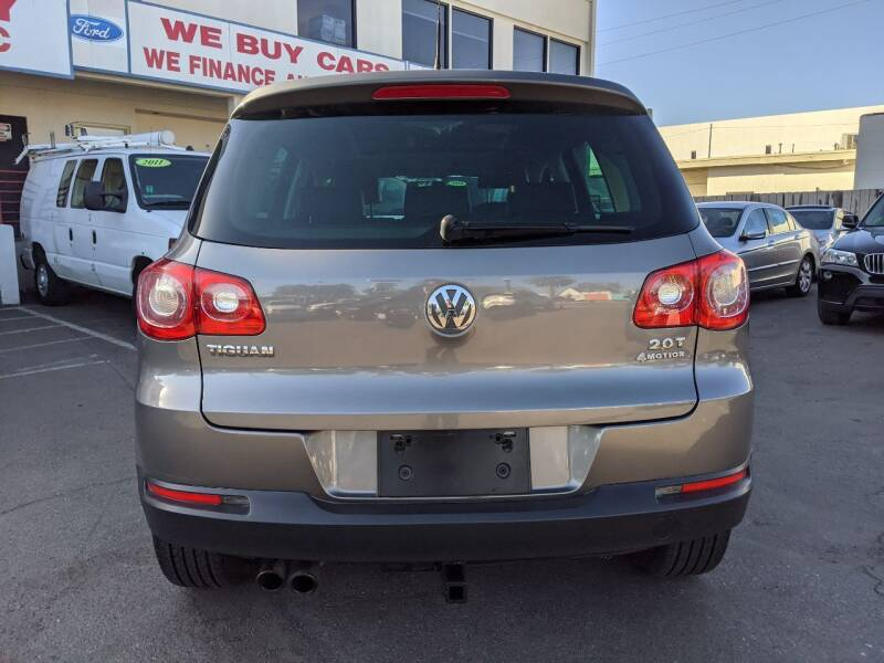2011 Volkswagen Tiguan AWD S 4Motion 4dr SUV - National City CA