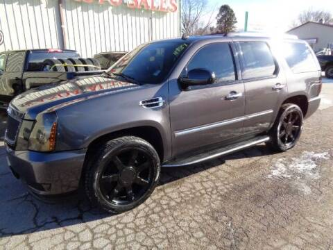 2010 Cadillac Escalade for sale at De Anda Auto Sales in Storm Lake IA