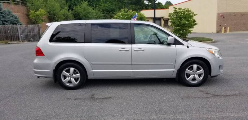 2010 Volkswagen Routan for sale at Lehigh Valley Autoplex, Inc. in Bethlehem PA