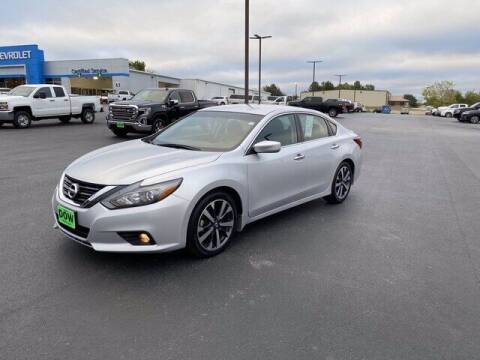 2017 Nissan Altima for sale at DOW AUTOPLEX in Mineola TX
