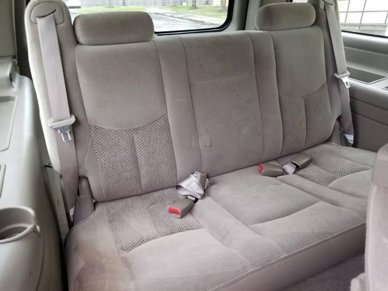 2004 Chevrolet Suburban 1500 LS 4dr SUV - Houston TX