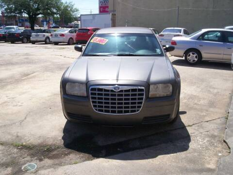 2008 Chrysler 300 for sale at Louisiana Imports in Baton Rouge LA