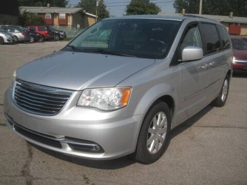 2012 Chrysler Town and Country for sale at ELITE AUTOMOTIVE in Euclid OH