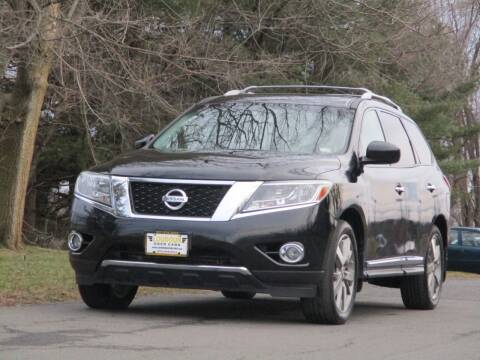 2014 Nissan Pathfinder for sale at Loudoun Used Cars in Leesburg VA