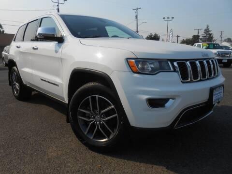 2017 Jeep Grand Cherokee for sale at McKenna Motors in Union Gap WA