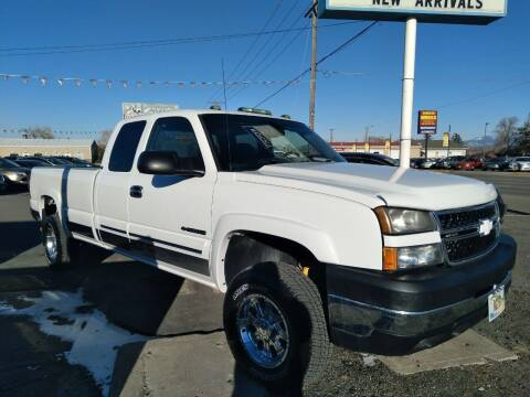 2006 Chevrolet Silverado 2500HD for sale at Kevs Auto Sales in Helena MT