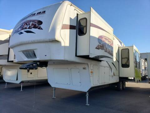 2009 Keystone Montana 3585SA for sale at Ultimate RV in White Settlement TX