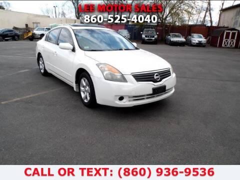 2008 Nissan Altima for sale at Lee Motor Sales Inc. in Hartford CT