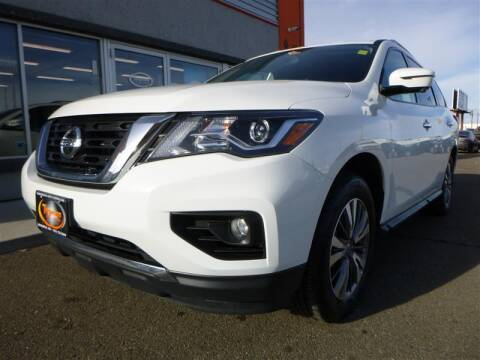 2019 Nissan Pathfinder for sale at Torgerson Auto Center in Bismarck ND